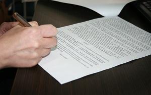 На сколько заключается срочный трудовой договор с работником