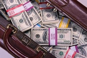 Выплата агентского вознагражления отнести на какой счет